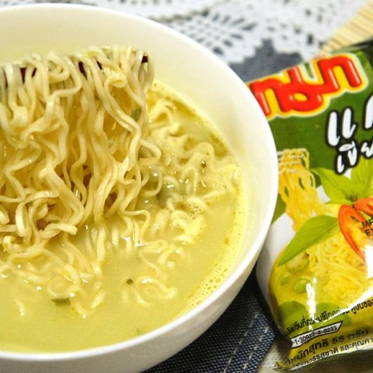 泰國【MAMA】雞肉綠咖哩風味麵