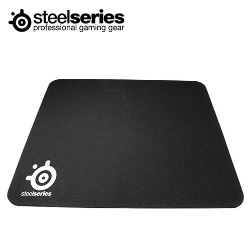 SteelSeries 賽睿 QCK 滑鼠墊